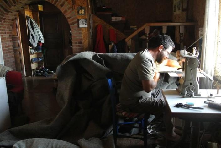 Costruzione della yurta all'a agricamping Ixtlan